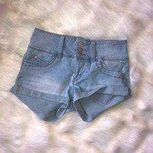 Women's WannaBettaButt Jean Shorts 5